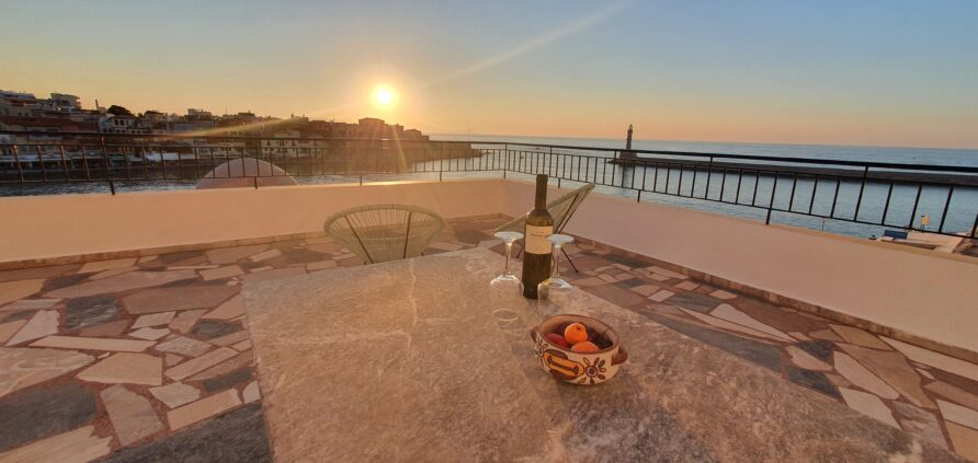 Deluxe seaview twin/double room with terrace and lighthouse view