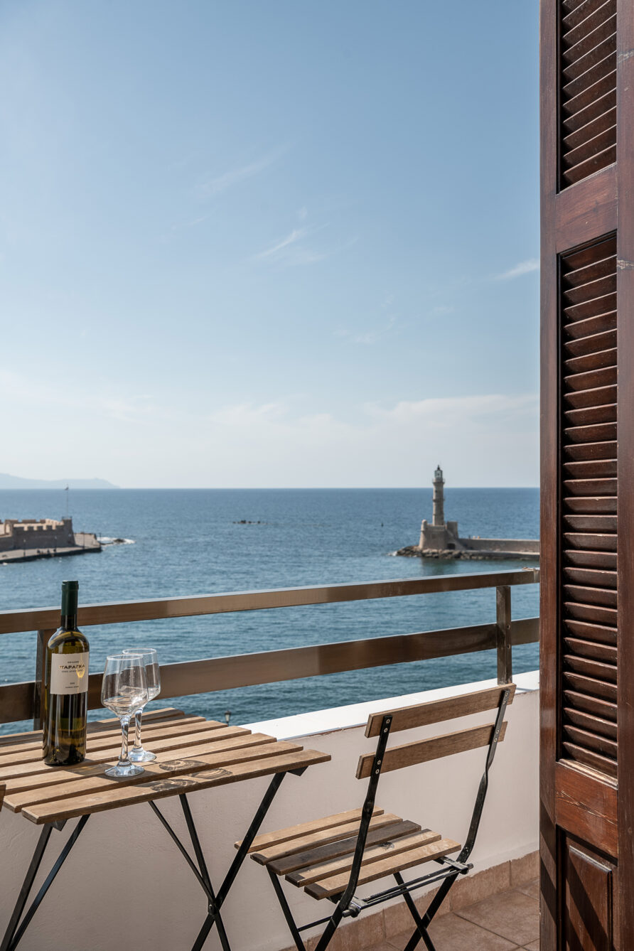 Deluxe seaview twin/double room with balcony sea, lighthouse view
